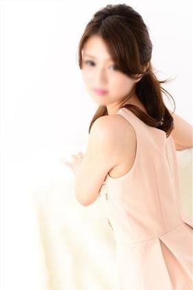 綾瀬 莉乃-image-1
