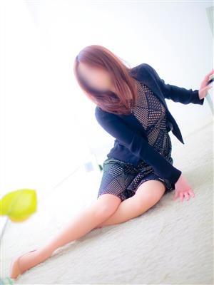 佐藤 詩織-image-1