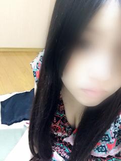七瀬 しずく-image-1