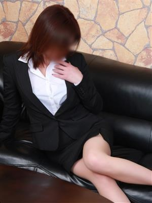 星崎 春奈-image-(2)