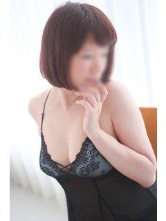 小渕友湖-image-(4)