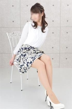 新山 智美-image-(3)
